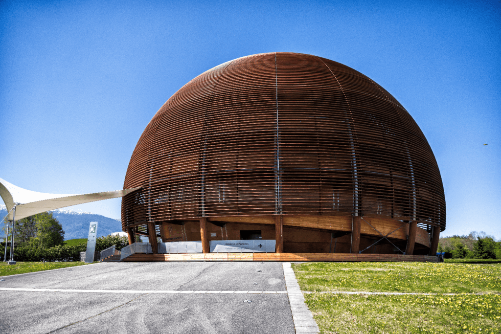 The Globe of Science and Innovation is CERN's exhibition center. It was given to CERN in 2004 as a gift from the Swiss Confederation to mark 50 years since the Organization's foundation.
